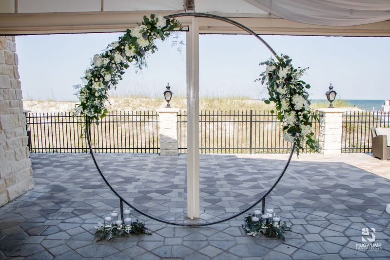 Circle-Wedding-Arbor-2