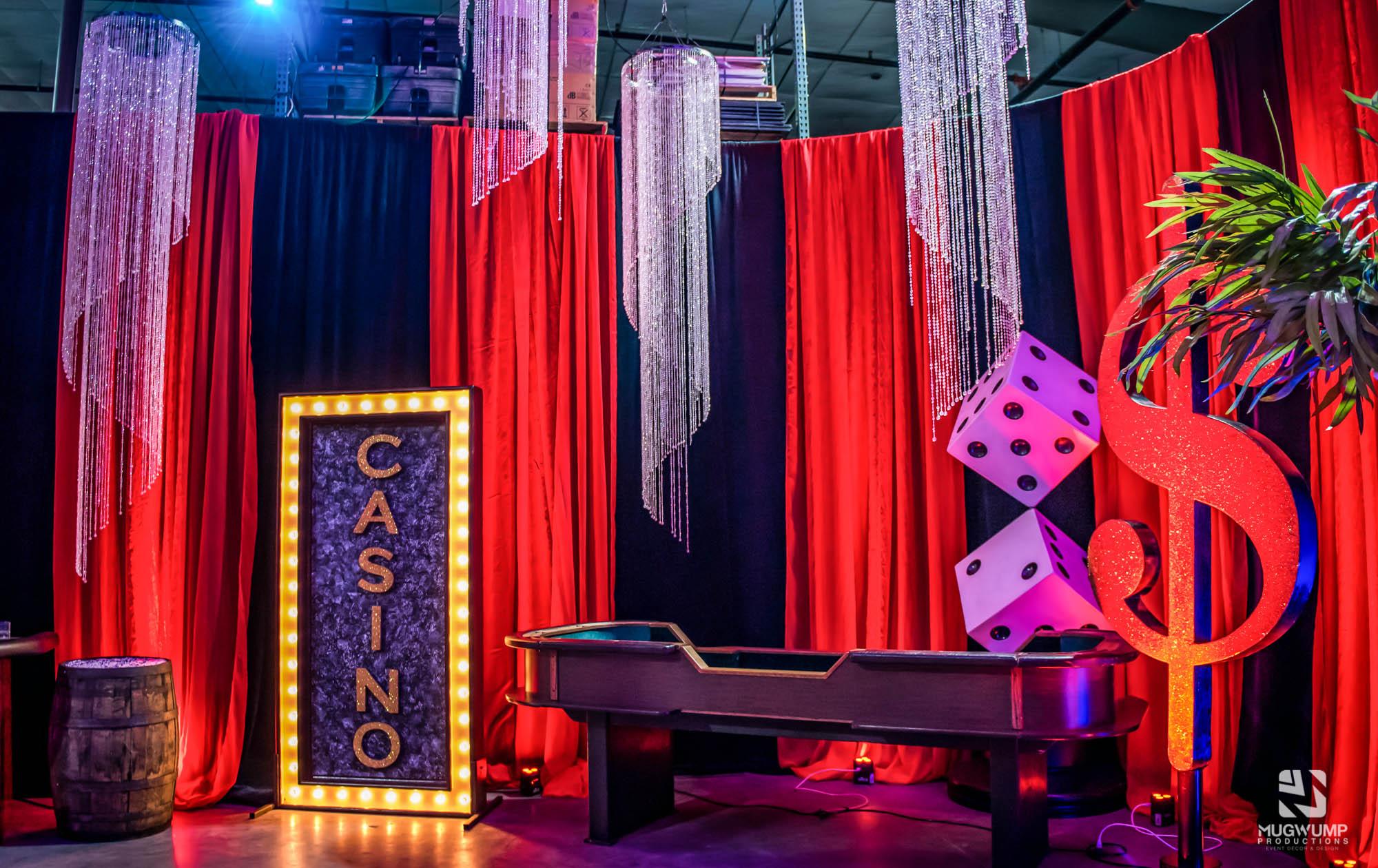Casino-Party-Decor