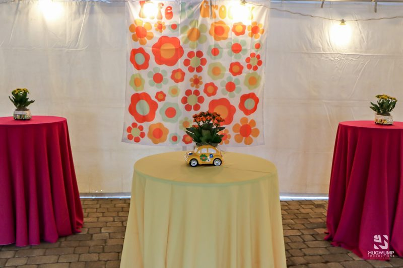 1960s-Themed-Event-Decor-4