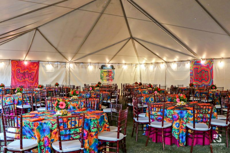 1960s-Themed-Event-Decor-5