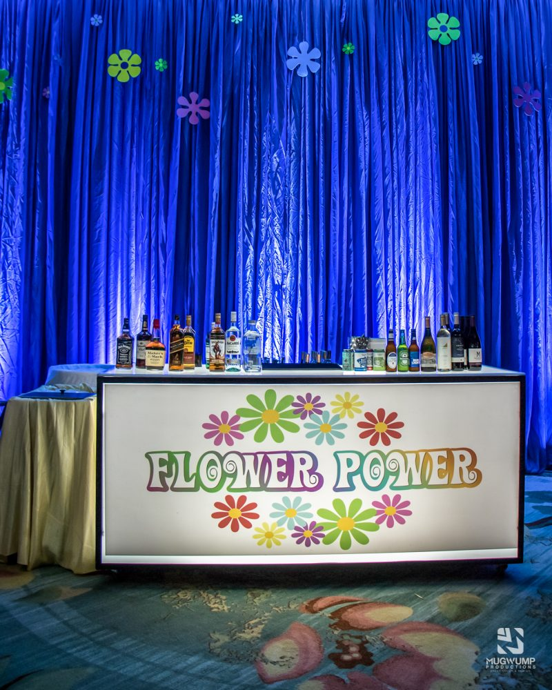 1960s-Themed-Event-Decor-9