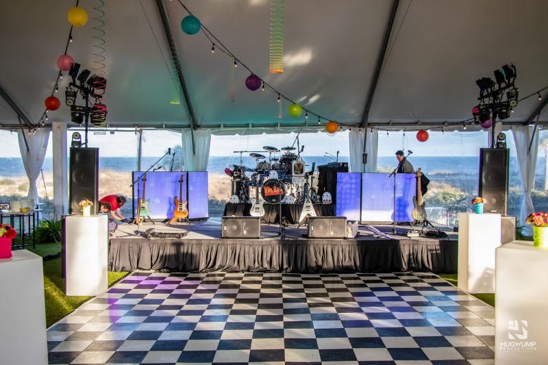 1980s-Themed-Event-Decor-11