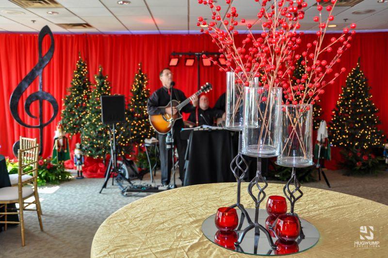 Christmas-Party-Decor-2