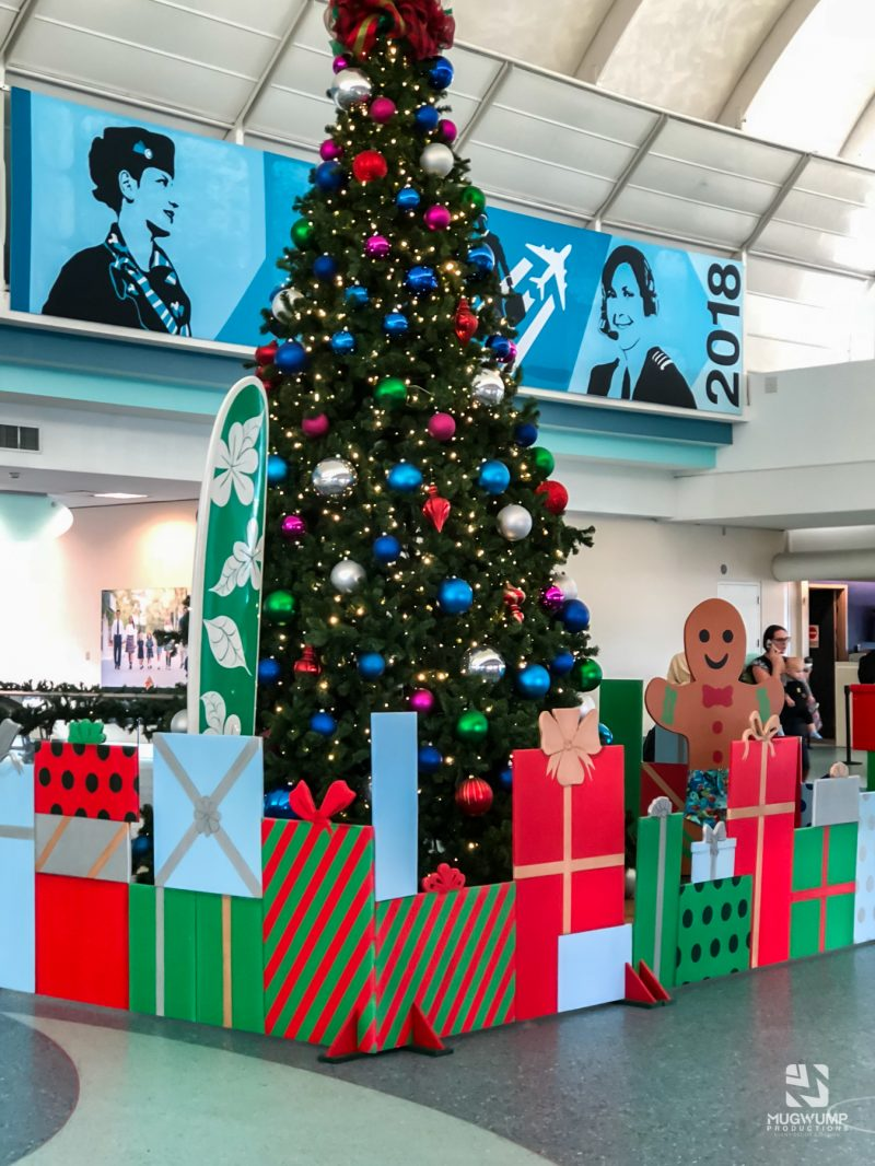Florida-Holiday-Theme-Decor-9