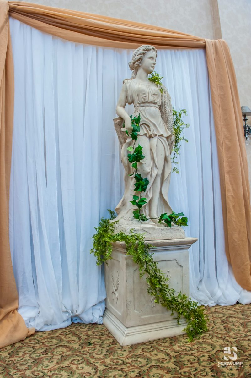 Greek-Themed-Event-Decor-18