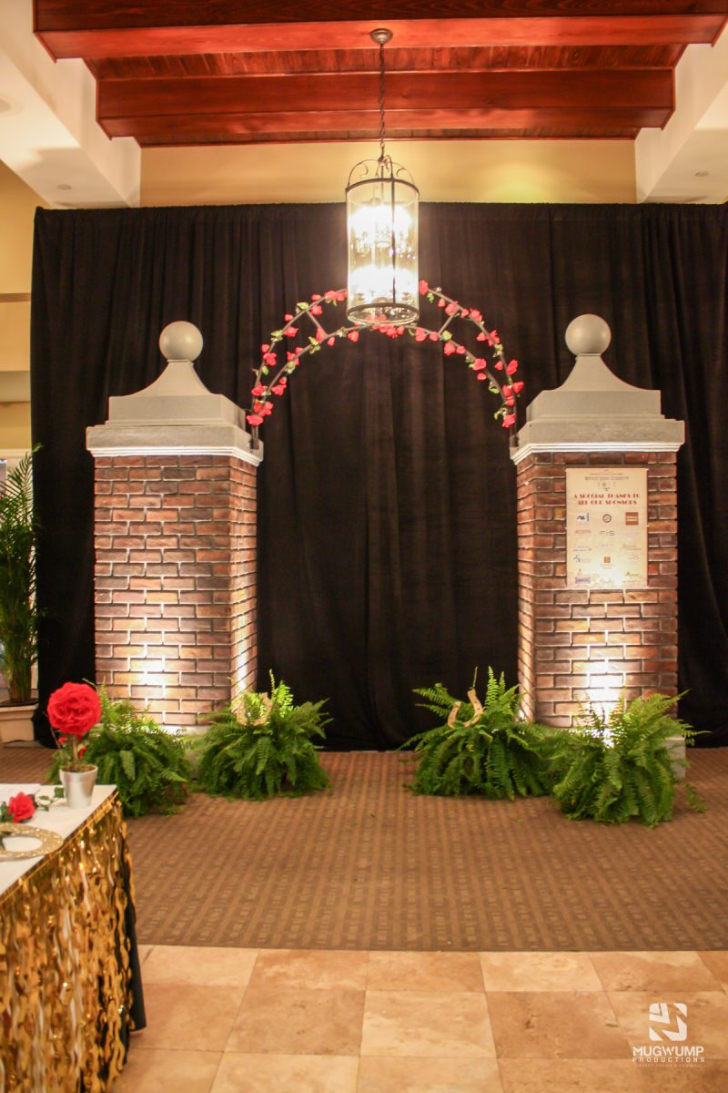 Kentucky-Derby-Themed-Event-Decor-6 (1)