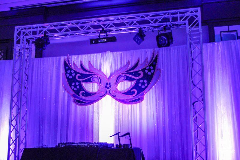 Masquerade-Themed-Event-Decor-14 (1)