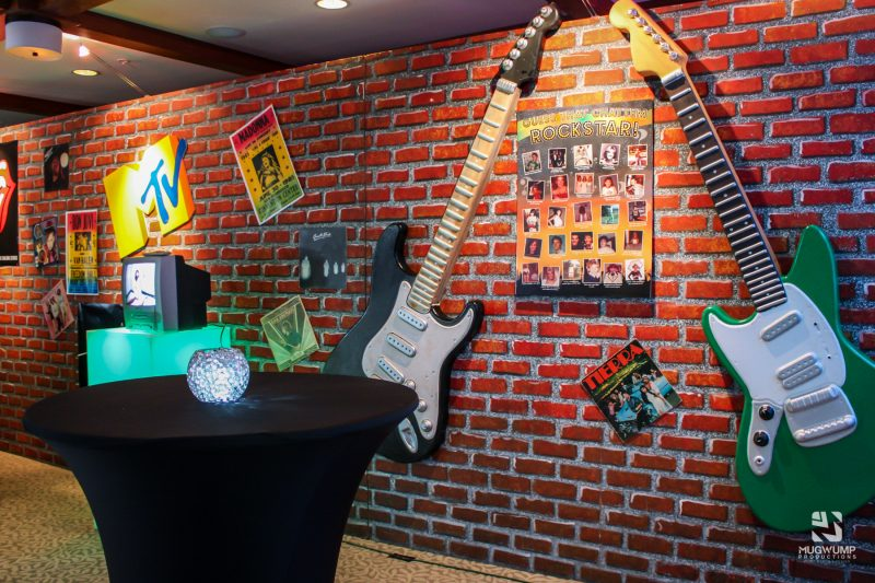 Rock-N-Roll-Themed-Decor-3 (1)
