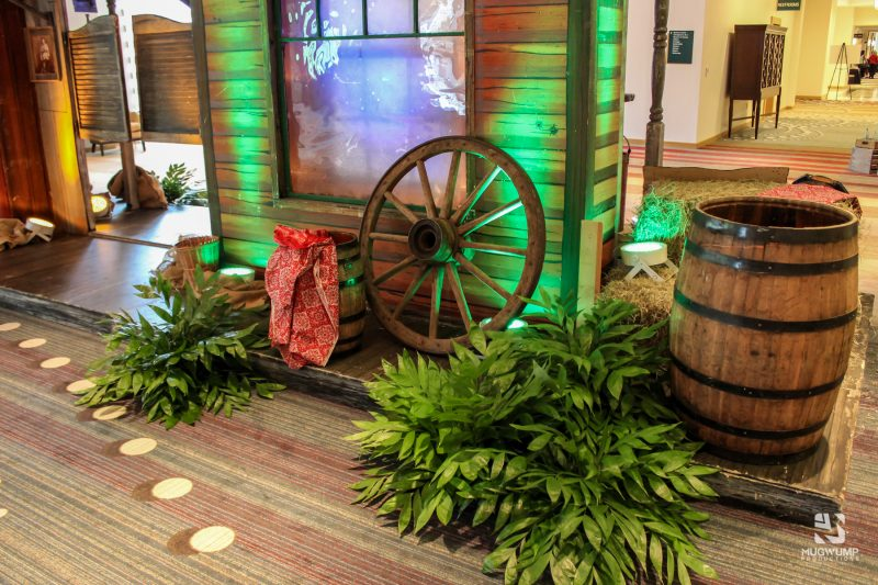 Western-Themed-Event-Decor-4 (1)